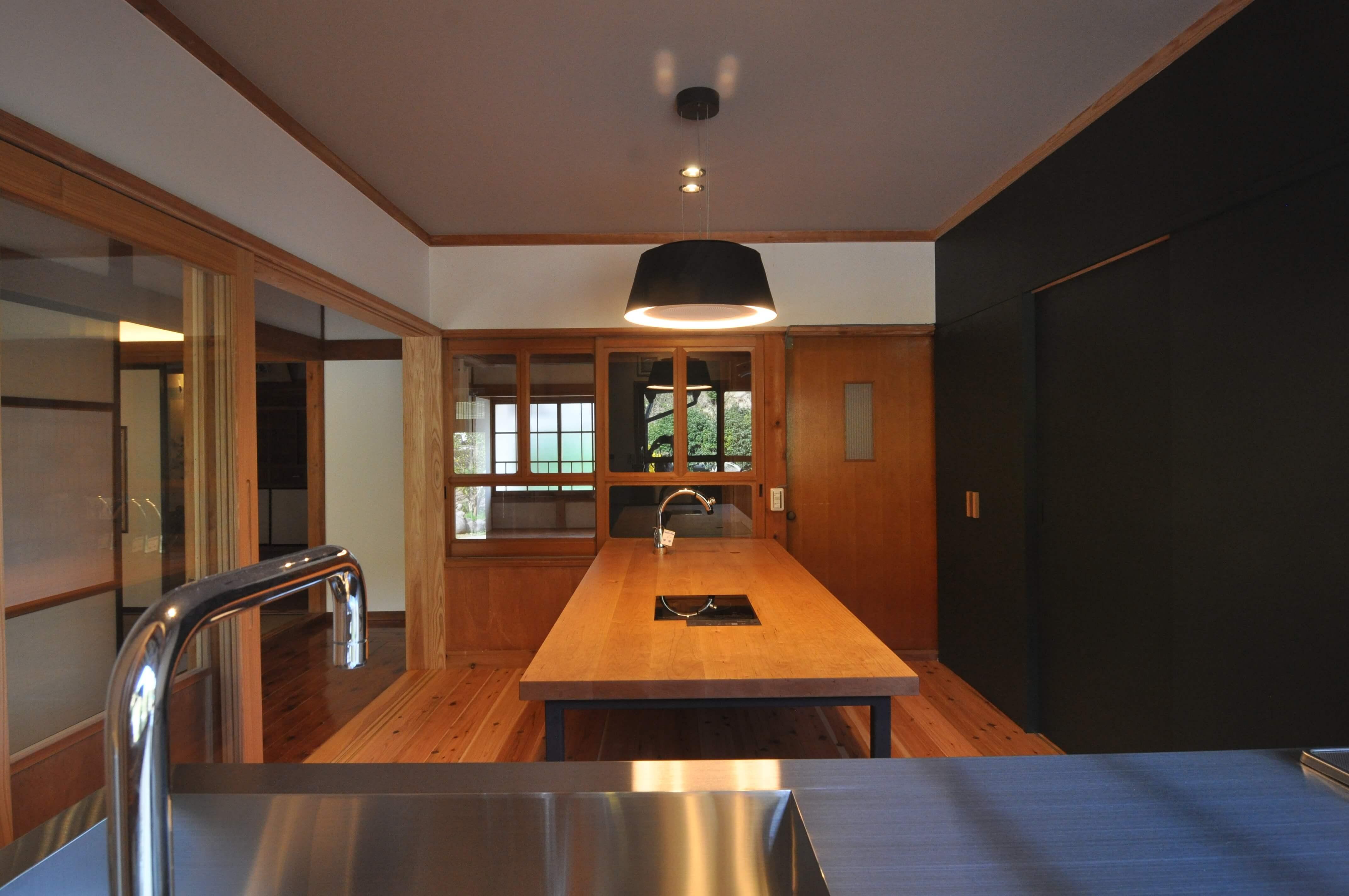 キッチン側からの画像