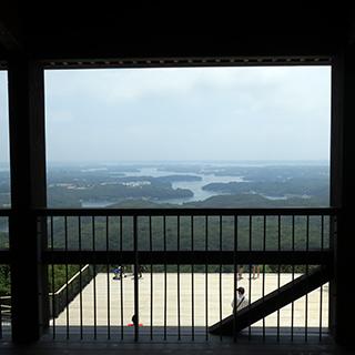 2階から眺める風景画像